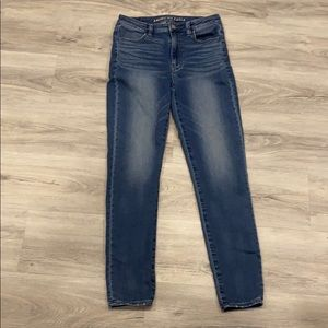 American Eagle High waisted skinny jeans size 6